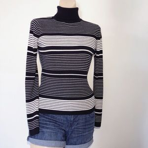 TOP SHOP BLACK/WHITE STRIPED RIBBED TURTLENECK
